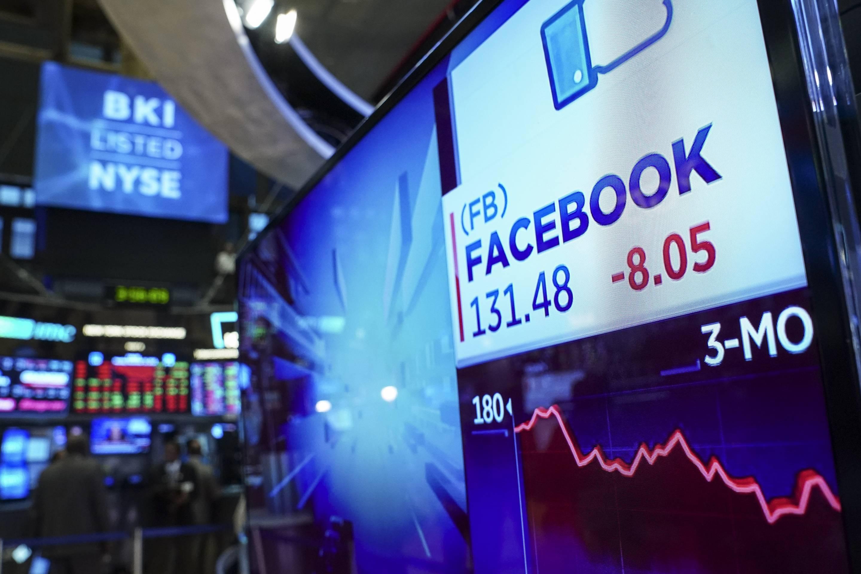 Tech Stocks Drag Stocks Down Sharply