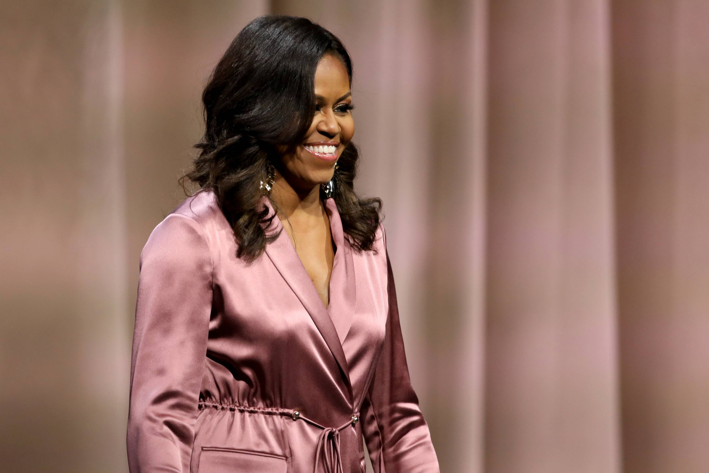 "Michelle Obama ""Becoming"" book tour stop in San Jose"