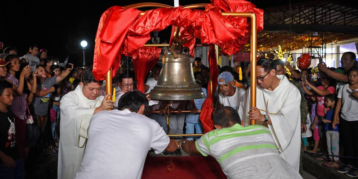 Looted Balangiga Church Bells Returned to Philippines 117 Years Later