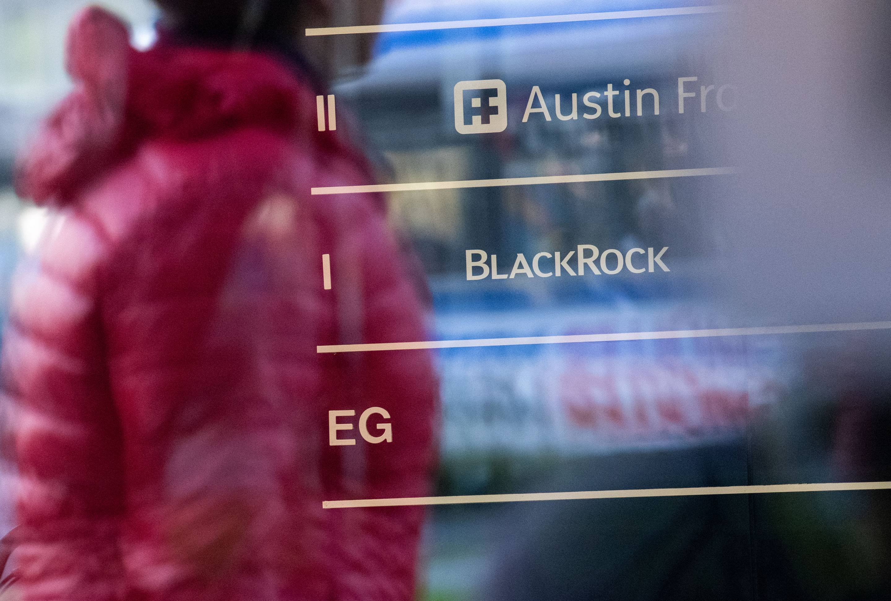 BlackRock, Capital Group, and Pimco Managers Warn of 2019