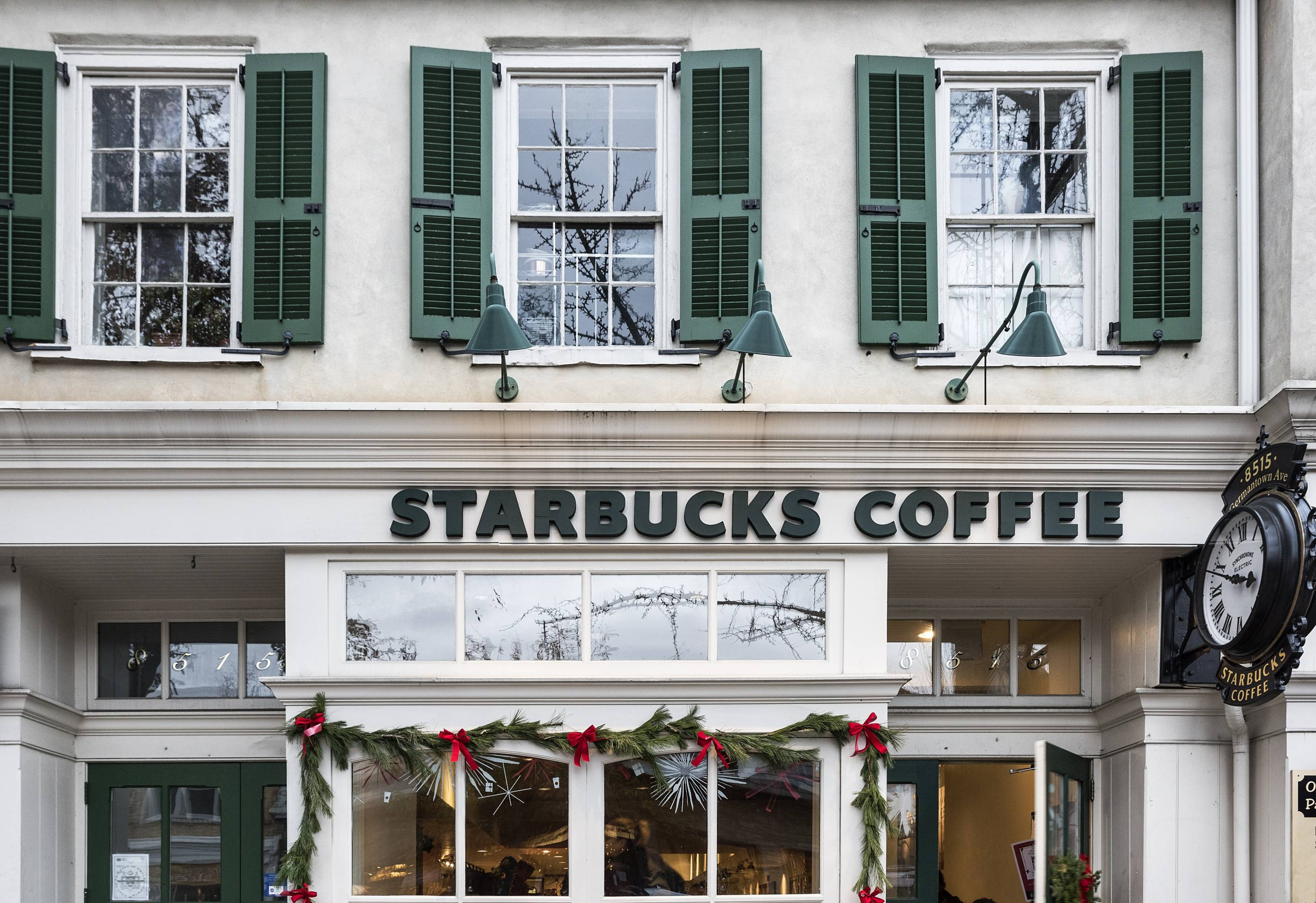 Starbucks Open Christmas Eve.8 Restaurants Open On Christmas Day 2018 Fortune