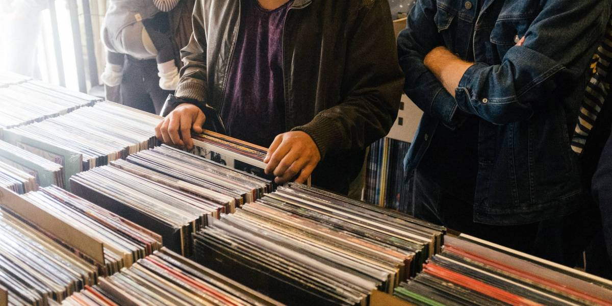 Vinyl and Cassette Sales Continued to Grow Last Year
