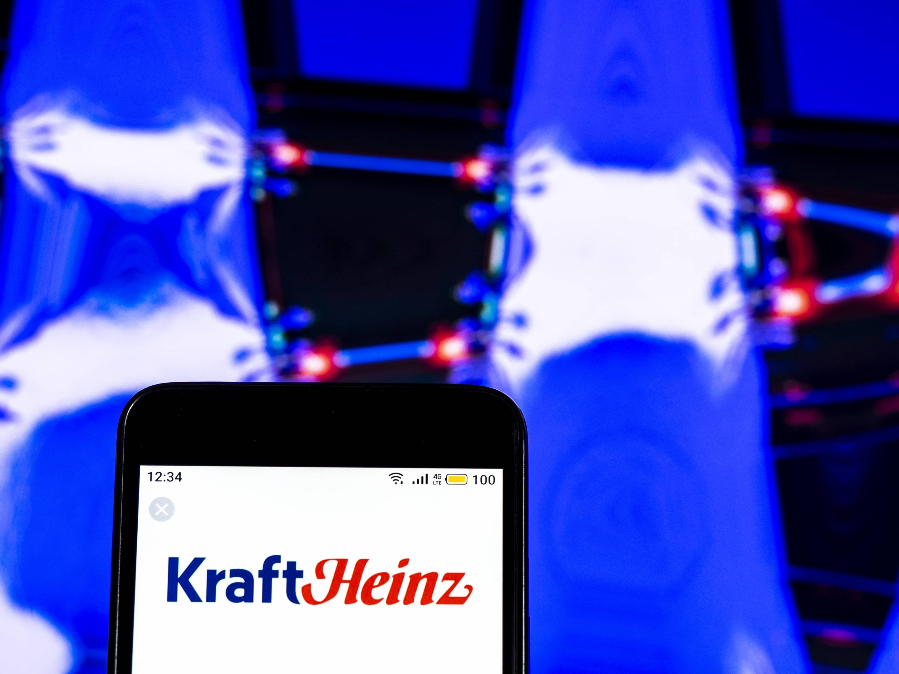 Kraft Heinz Company  logo seen displayed on a smart phone