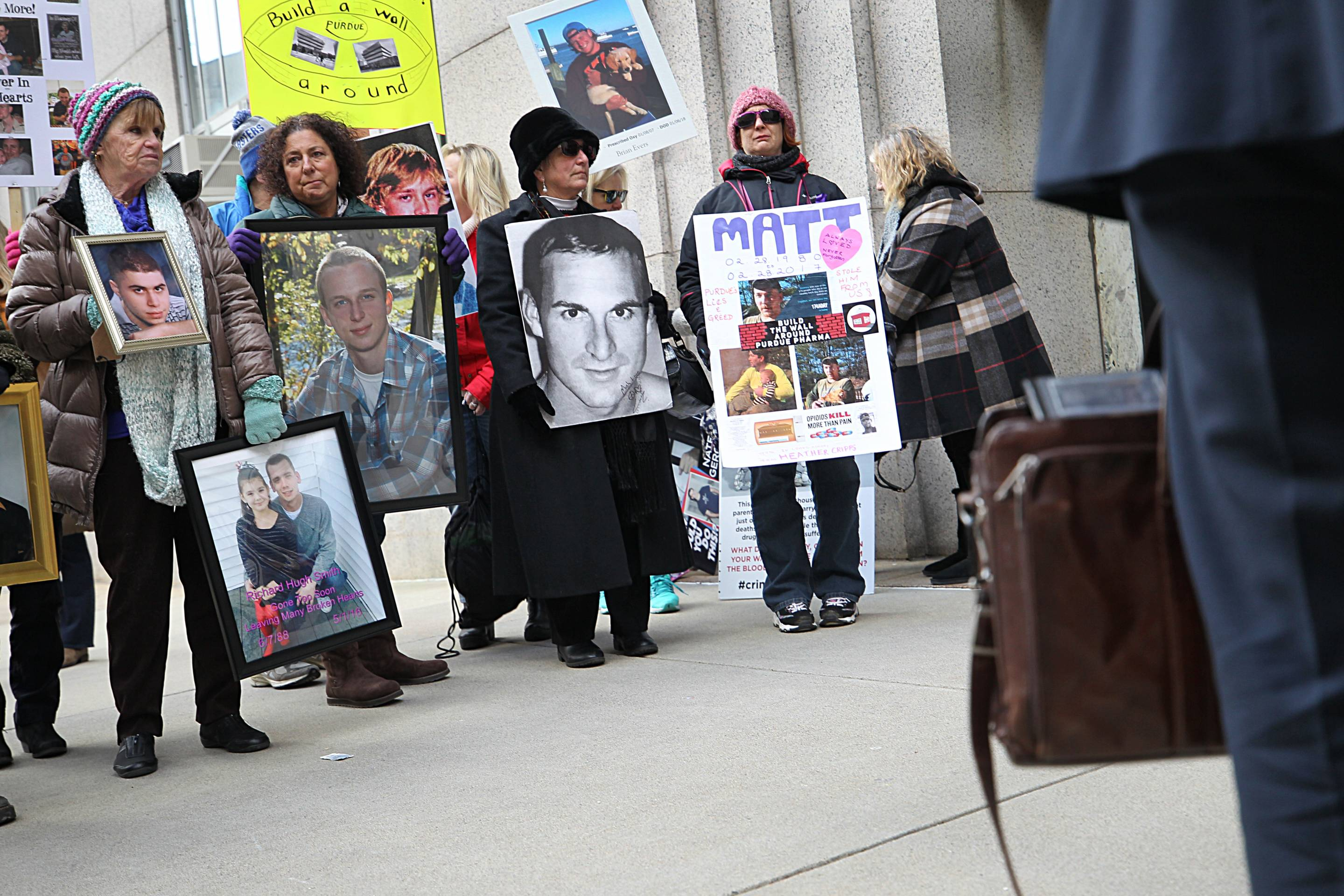 Parents Of Overdose Victims Protest OxyContin Maker At Court Hearing