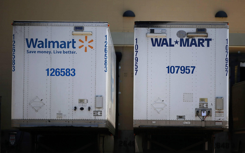 Wal-Mart raises truck driver salaries