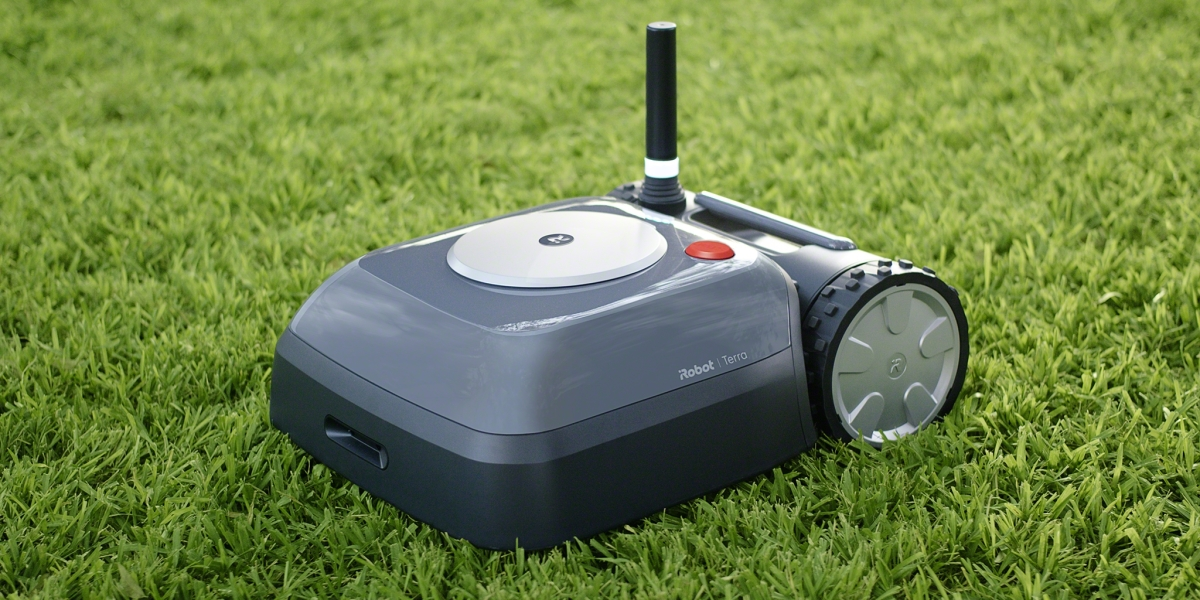 iRobot's Long-Awaited Terra Robot Does the Lawn Mowing for You