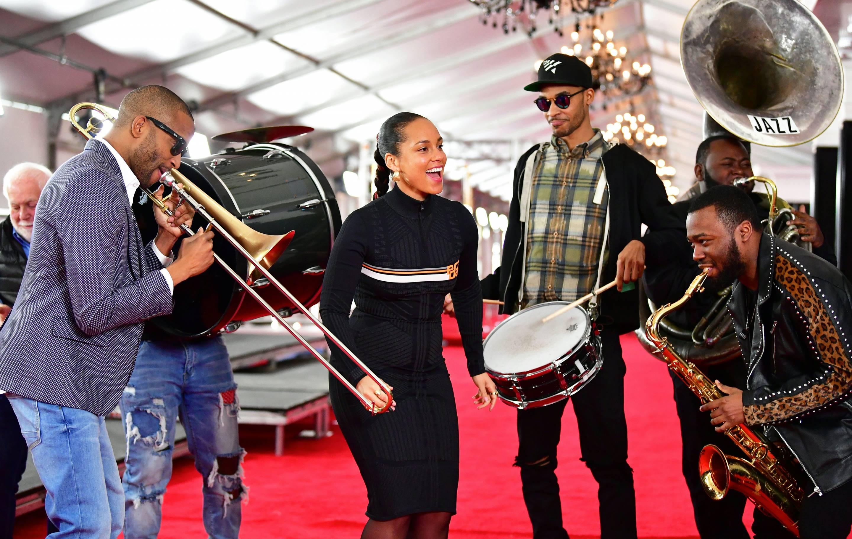 US-entertainment-music-grammy-carpet-award