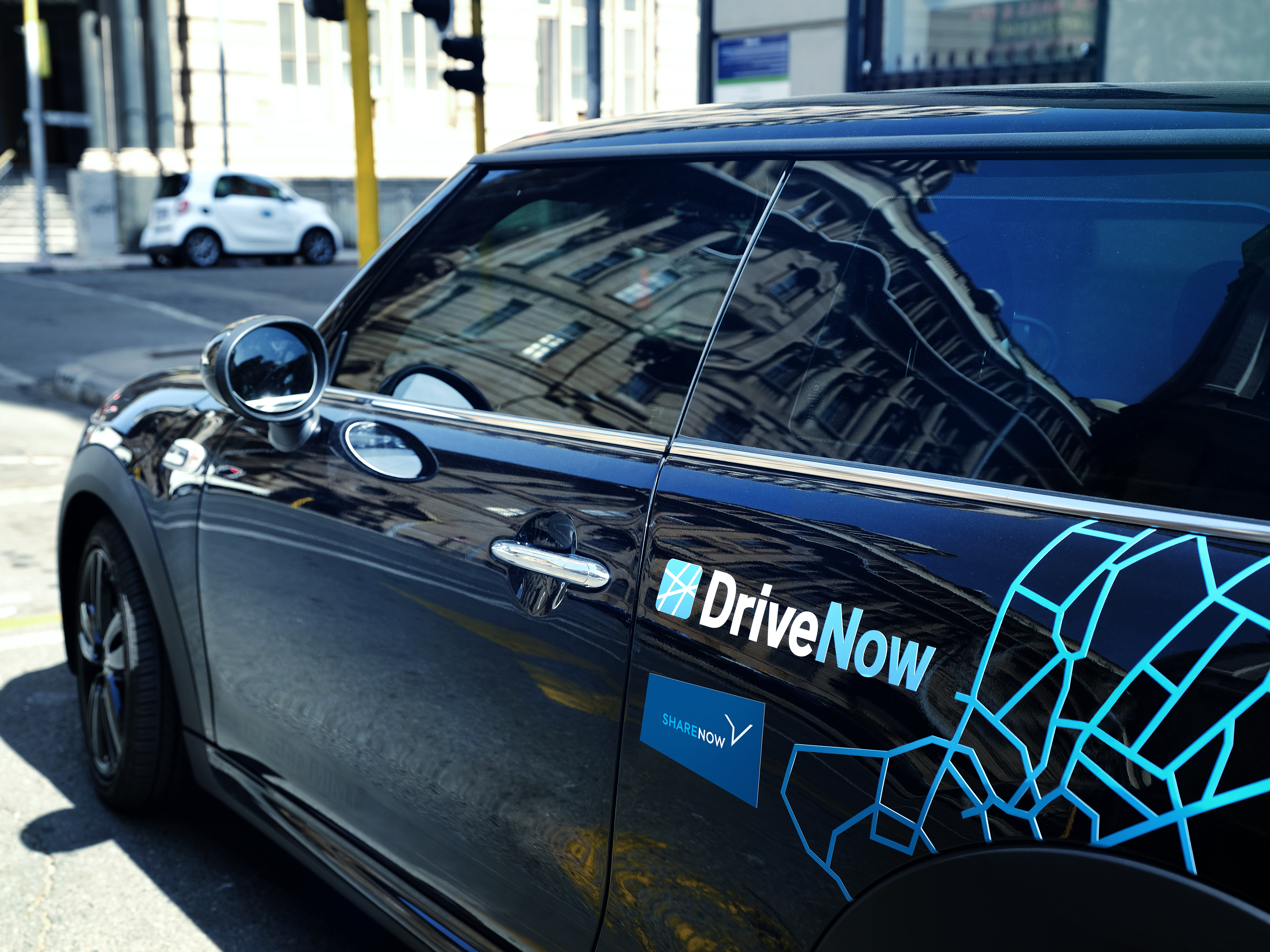 The DriveNow app is already showing BMW and Daimler vehicles..
