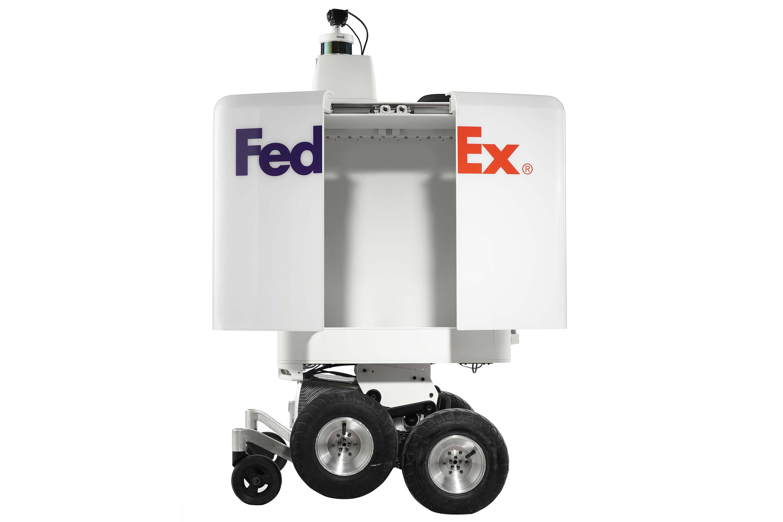 fedex robot delivers horizontal