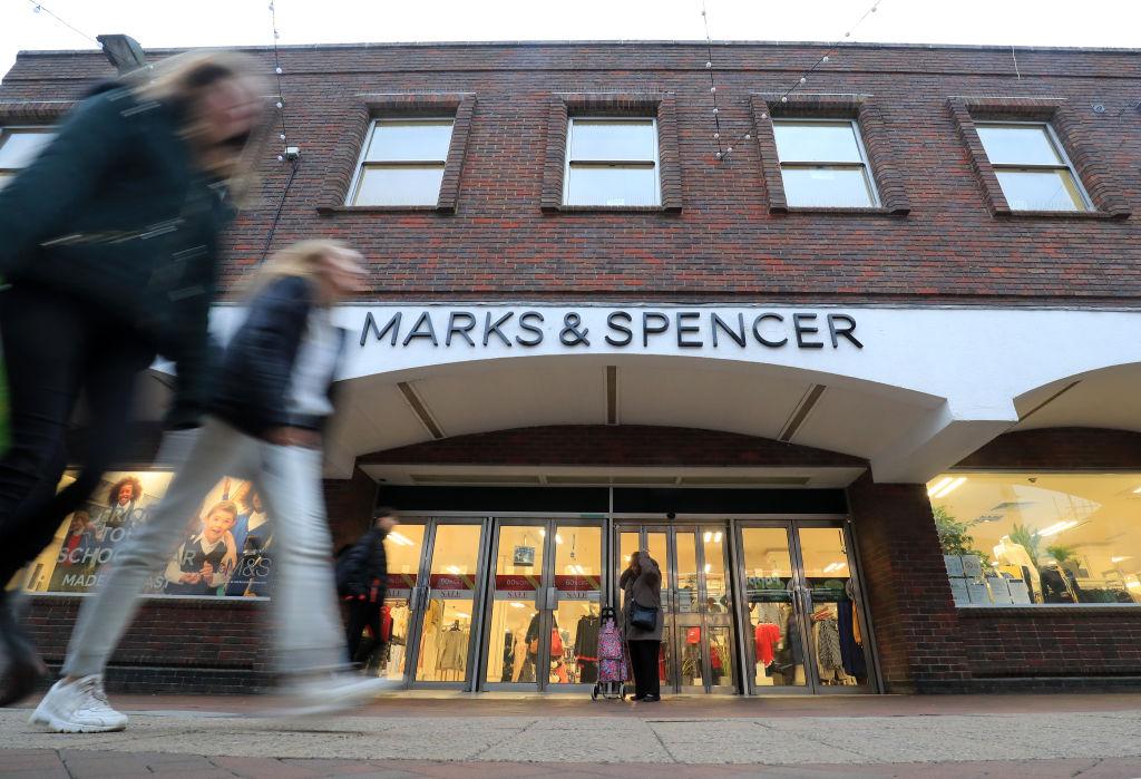 M&S shutting stores
