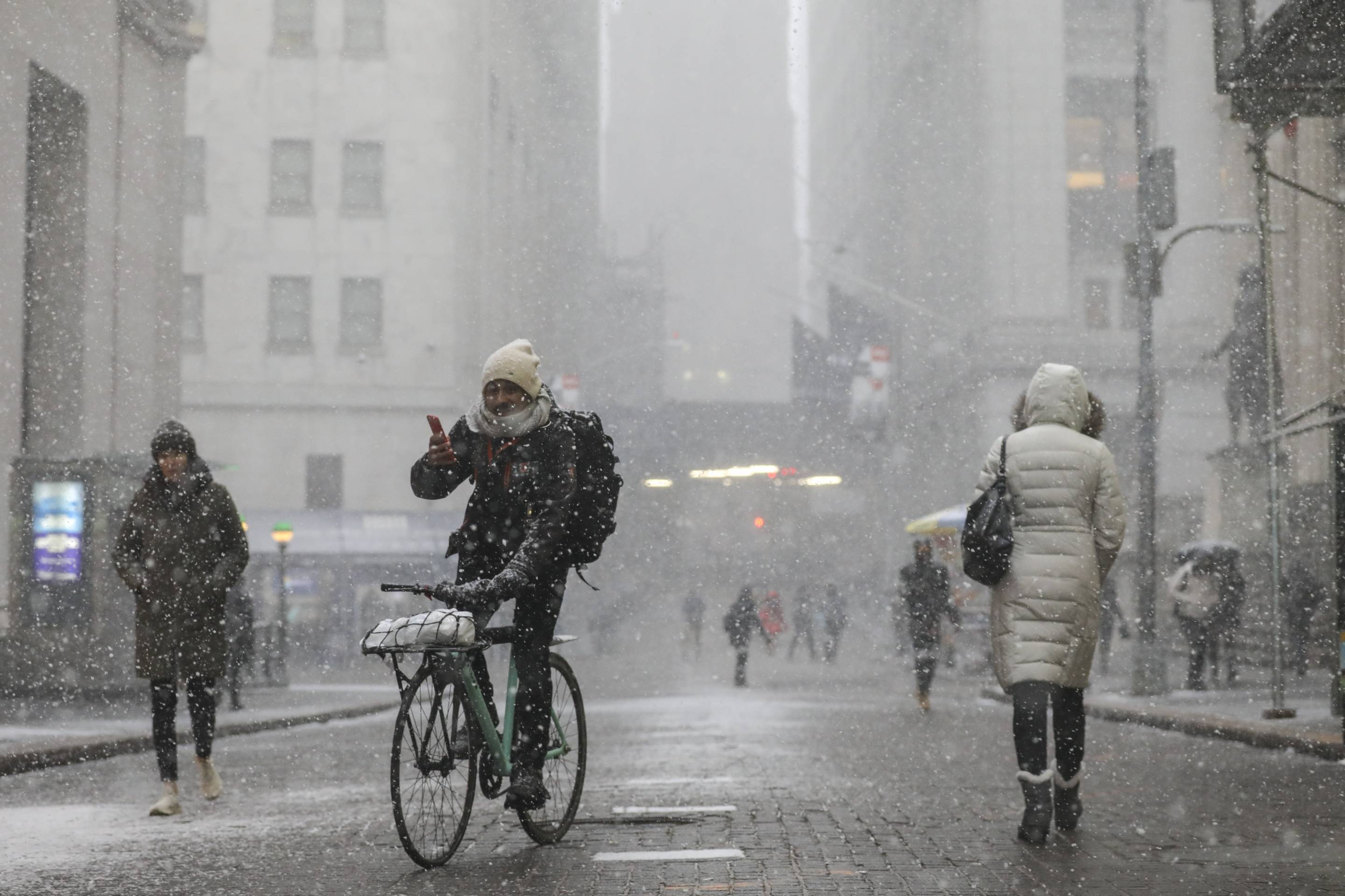 Polar Vortex From Upper Midwest Brings Extreme Cold Temperatures To New York City