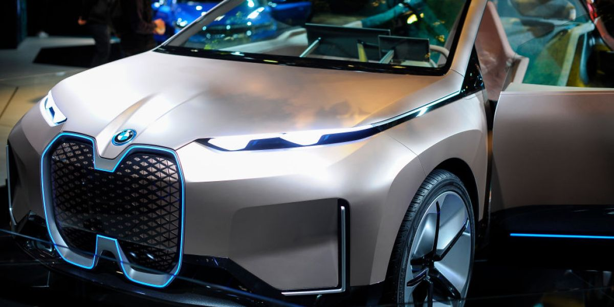 Daimler and BMW to Co-Develop Next Generation of Self-Drive Cars