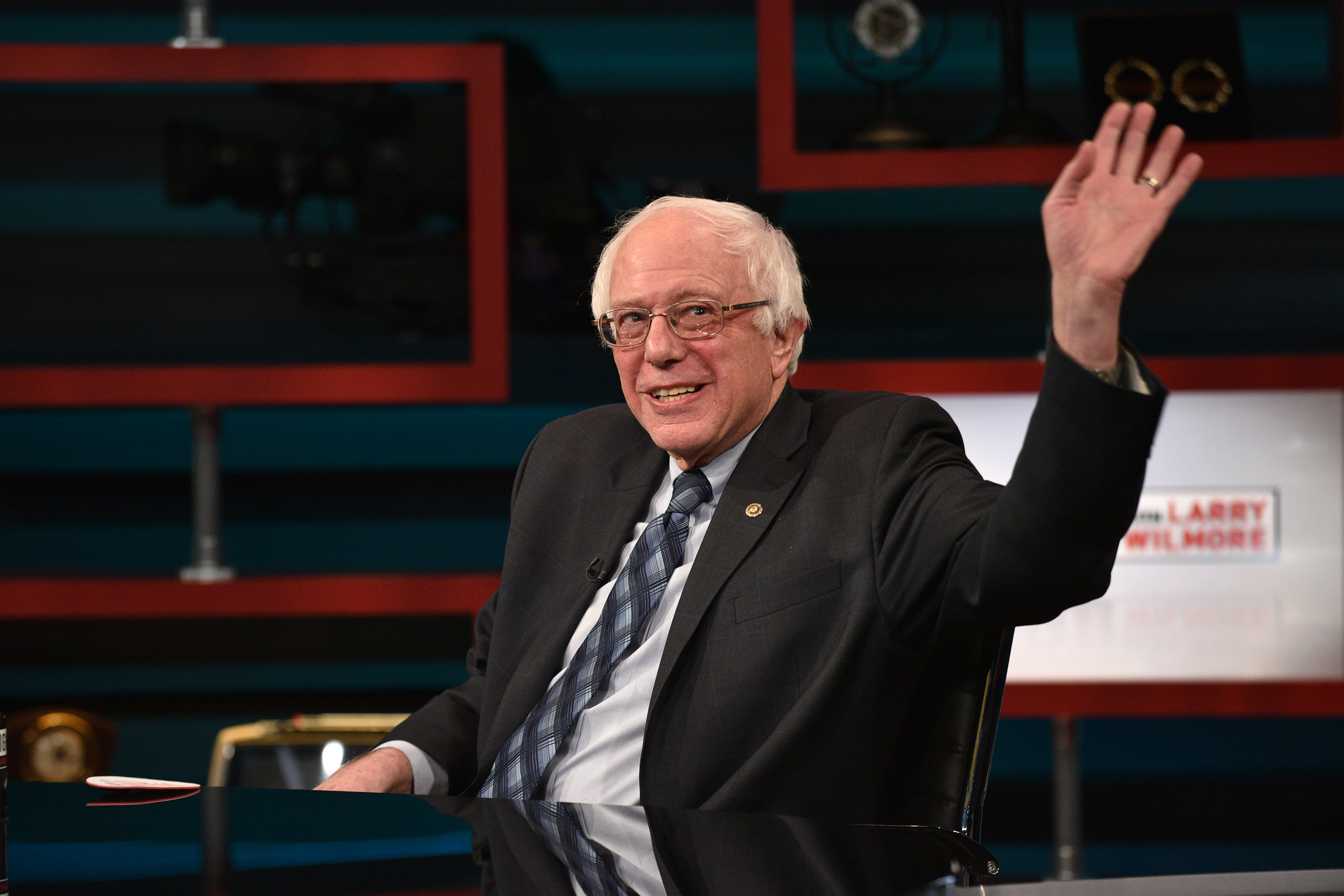 """""""The Nightly Show With Larry Wilmore"""" Welcomes Senator Bernie Sanders As Guest On Tuesday, January 5, 2016"""