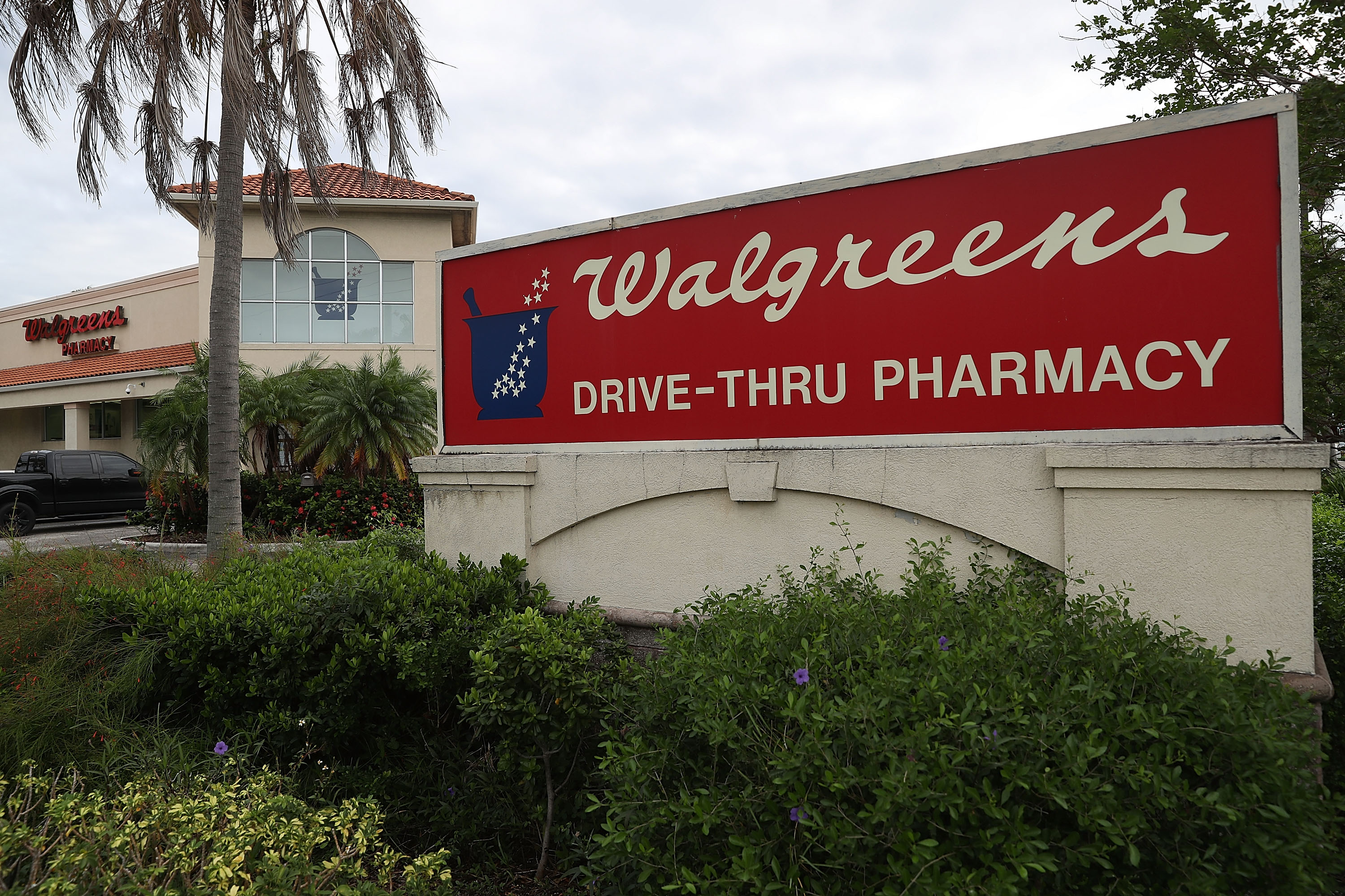 Walgreen's Reports Quarterly Profits Beating Expectations