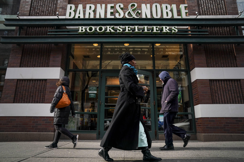 Barnes & Noble Warns Investors Of Possible 10 Percent Cut In Earnings Outlook
