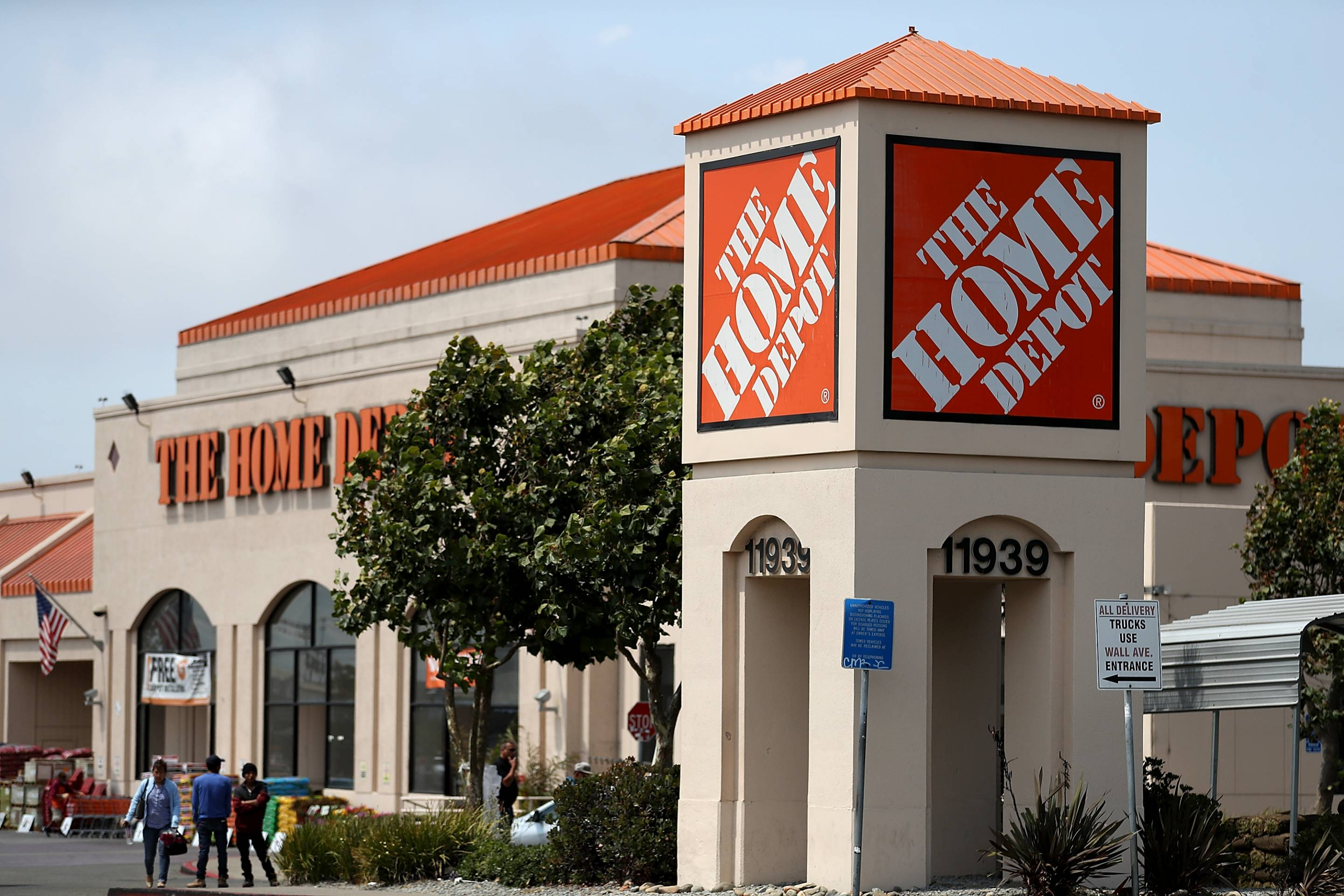 Home Depot hiring 80,000 spring seasonal workers