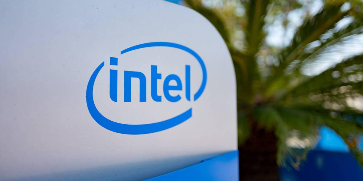 Intel Lays Off Hundreds of Tech Administrators | Fortune