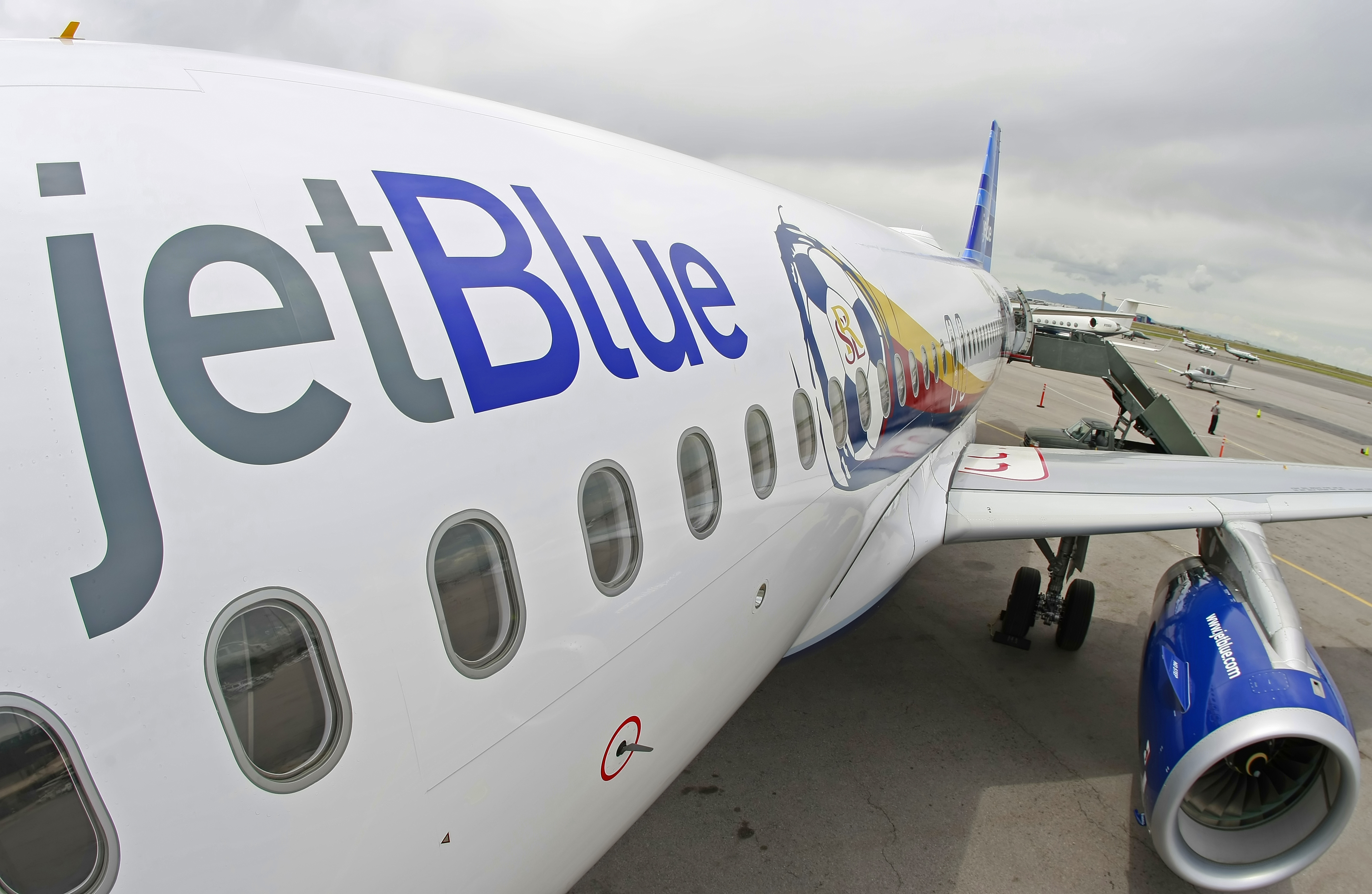 JetBlue Airways Unveils Branded Aircraft in Honor of Real Salt Lake