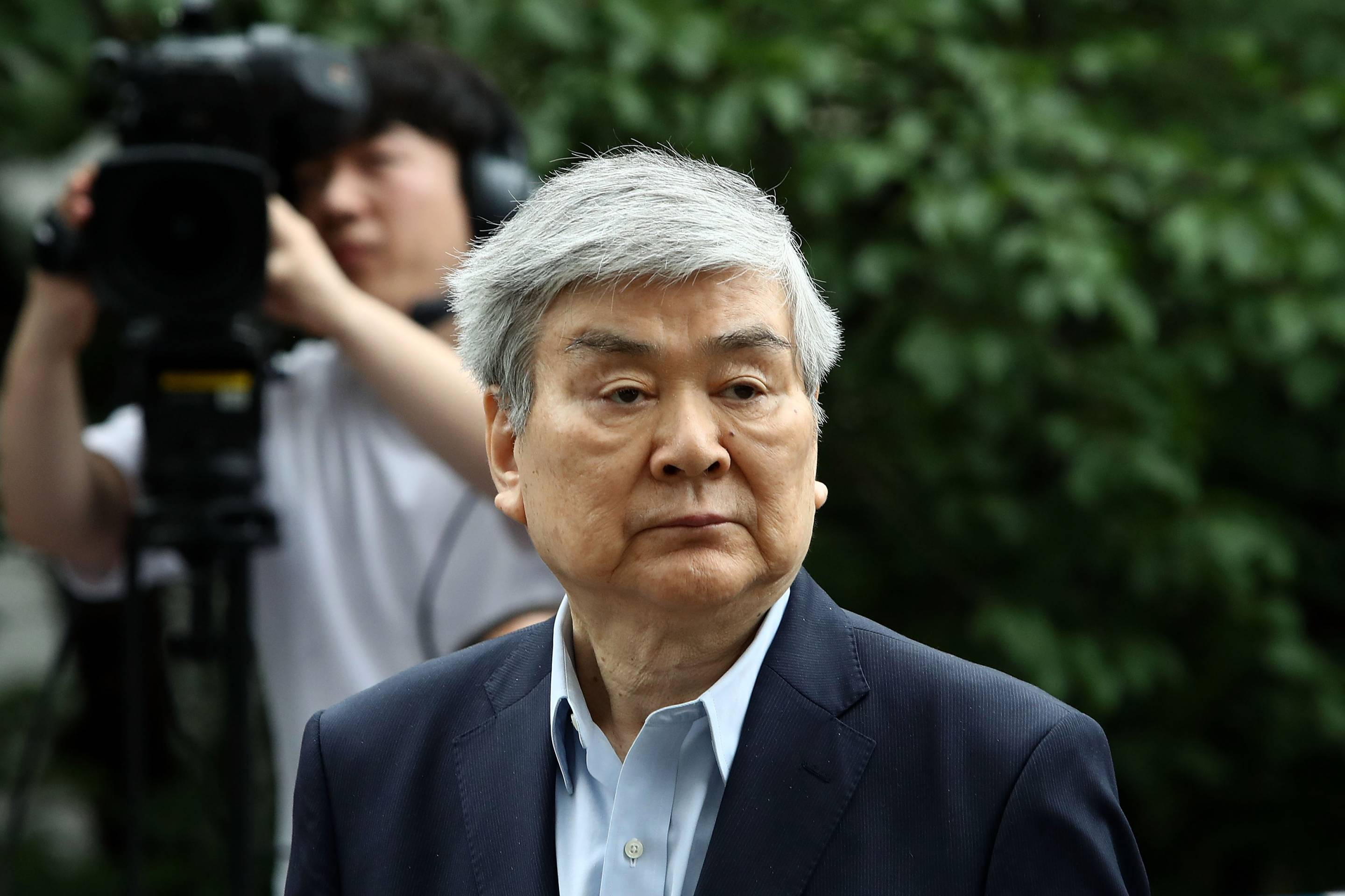 Korean Air Chairman Under Investigations For Embezzlement and Fraud