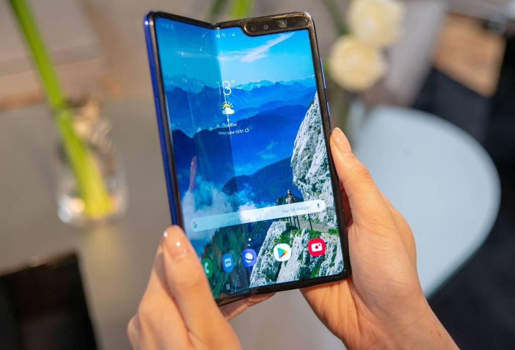 The new Samsung Galaxy Fold Smartphone