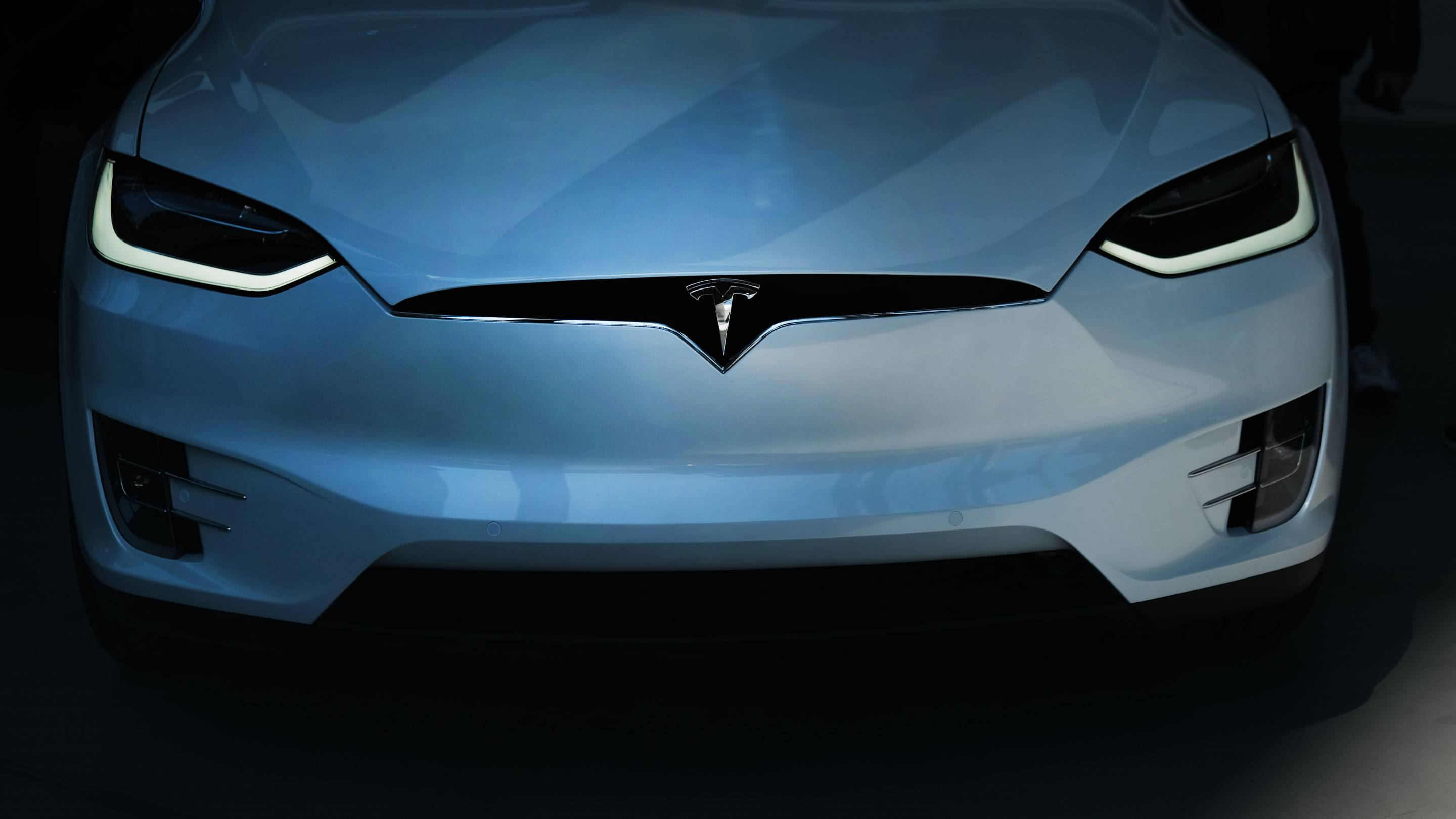 Tesla's New Vehicle Deliveries See Over 30% Decrease From Previous Quarter