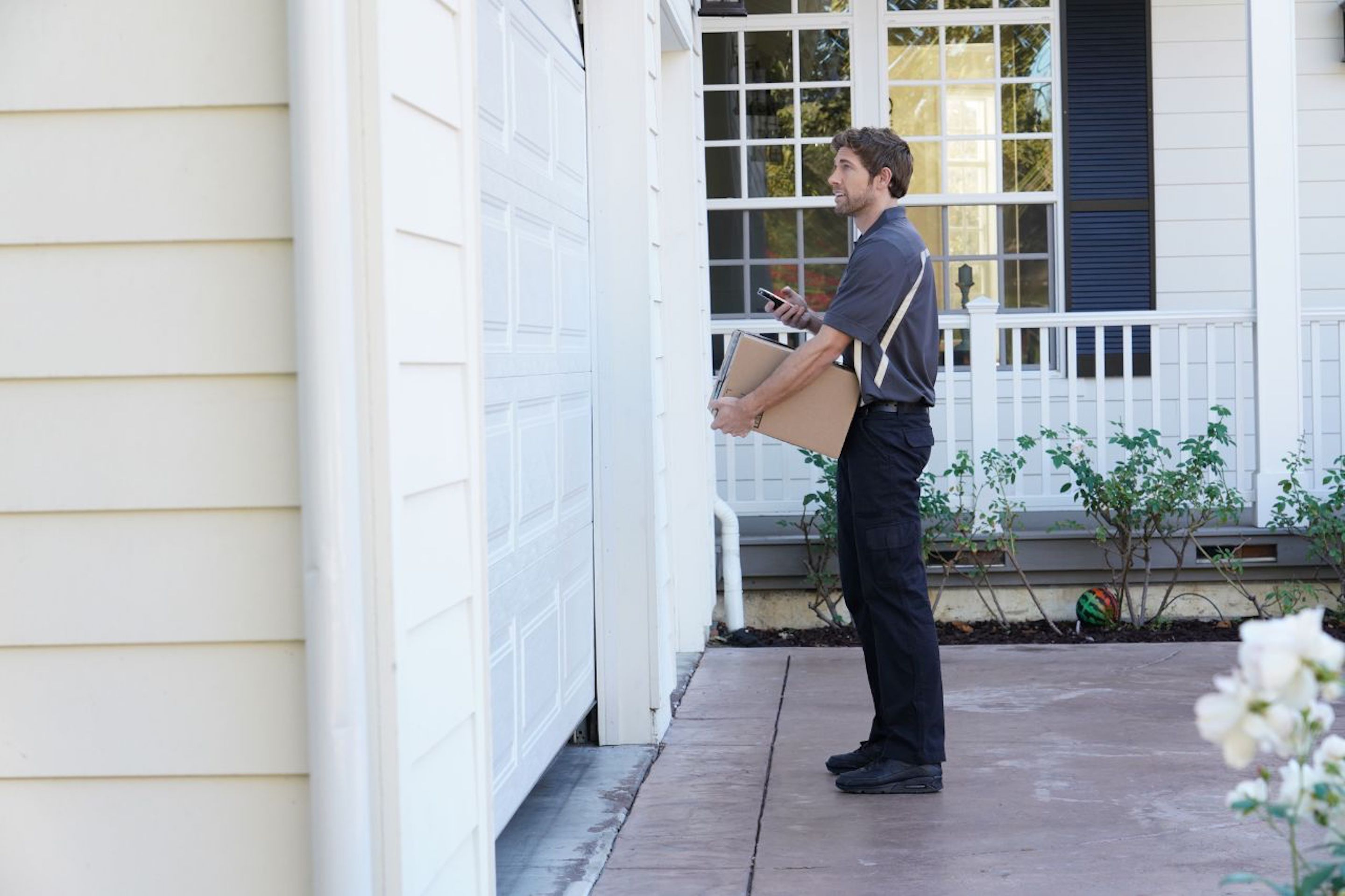 Amazon is offering its subscription Prime members the option of having packages delivered to their garages.