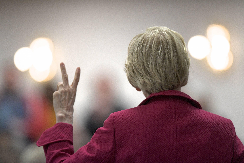 Democratic Presidential Candidate Elizabeth Warren Holds A Teacher's Union Town Hall in Philadelphia