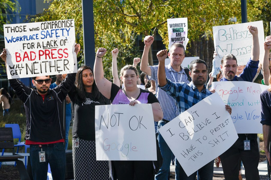 Google workers protesting.
