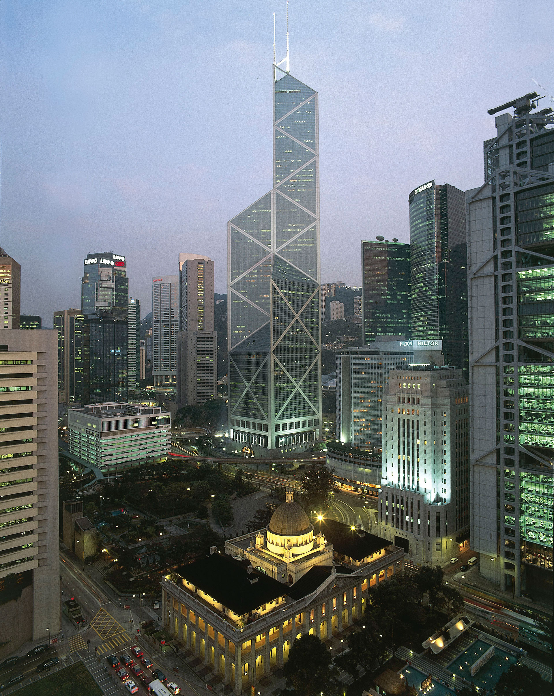 I.M. Pei-architect-buidings-Bank-of-China-Tower-Hong-Kong-04