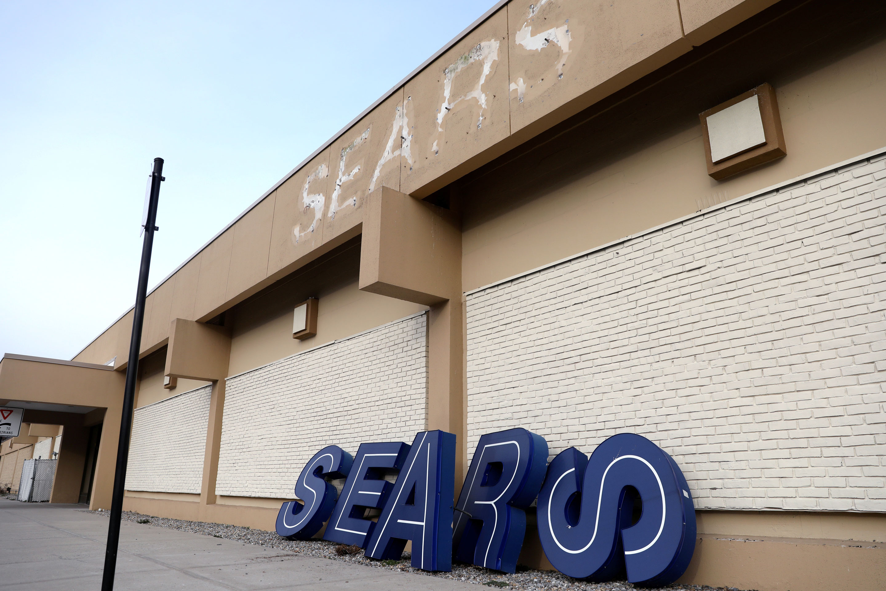 SIGN OF THE TIMES: A closed Sears location in Nanuet, N.Y., in January.