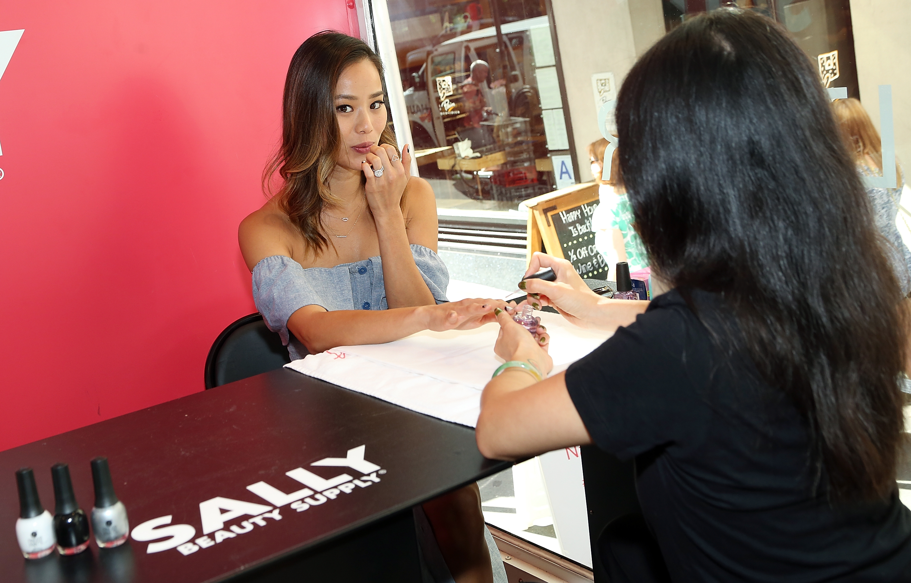 Sally Beauty Mobile Nail Studio Tour