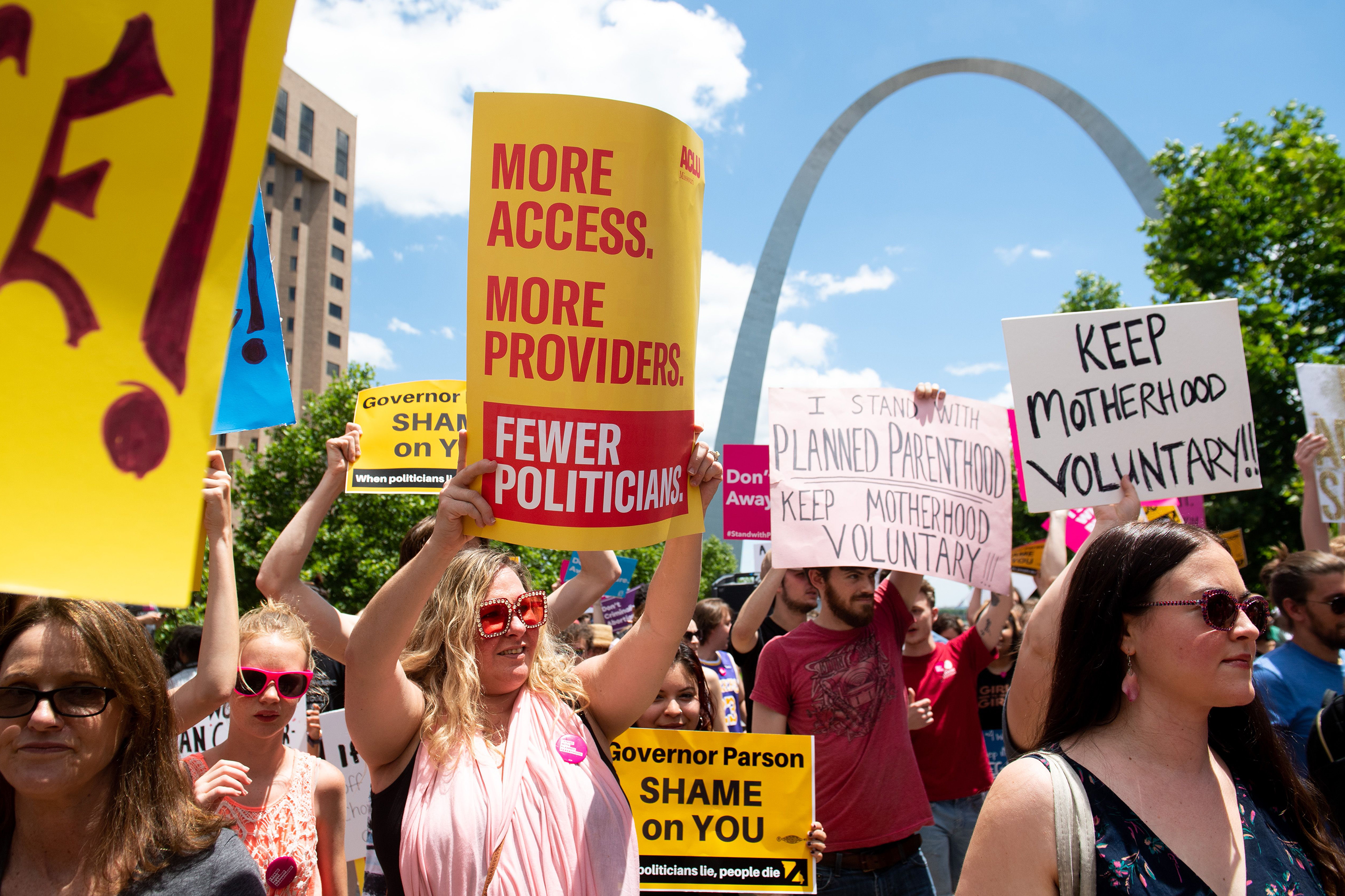 pro choice demonstration st. louis