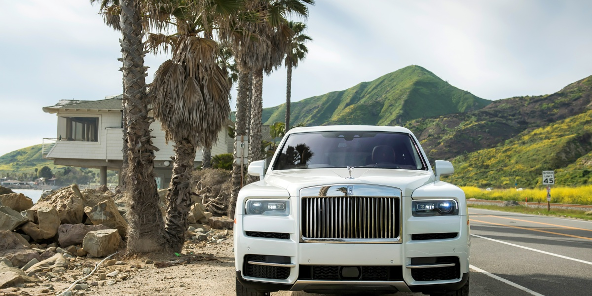 The Rolls-Royce Cullinan Is a Diamond Designed for Rough Terrain