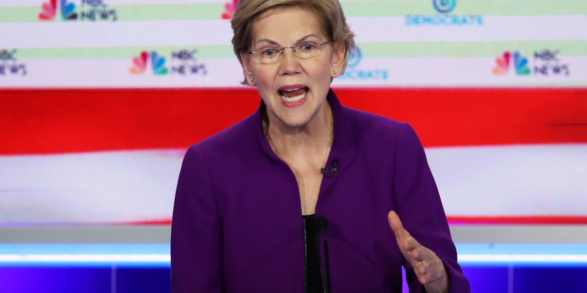 QnA VBage Warren-Sanders Match, Battle for Spotlight Among Lesser-Knowns Predicted for Tonight's Democratic Debate