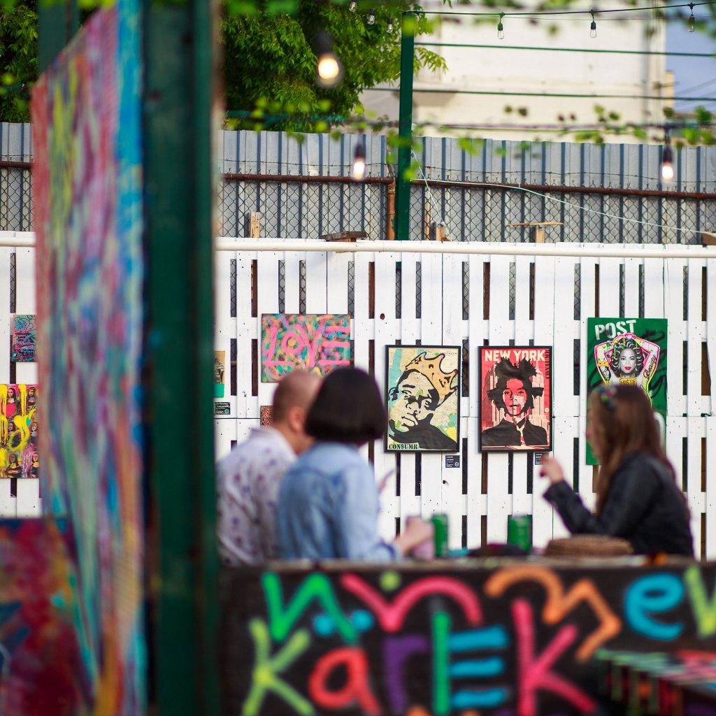 Brooklyn-Beer-Garden-street-art-2