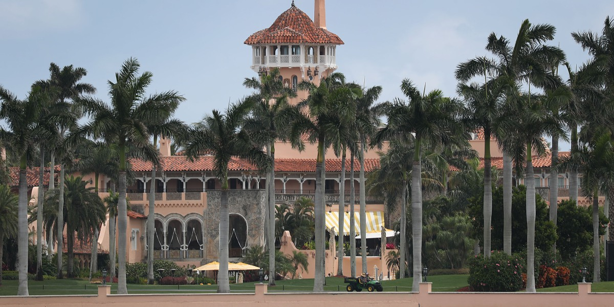 Trump Seeks to Hire 80 Foreign Workers at Mar-a-Lago