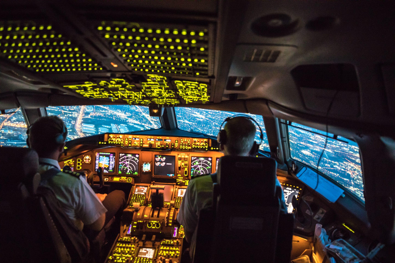 Boeing 777 flight deck View