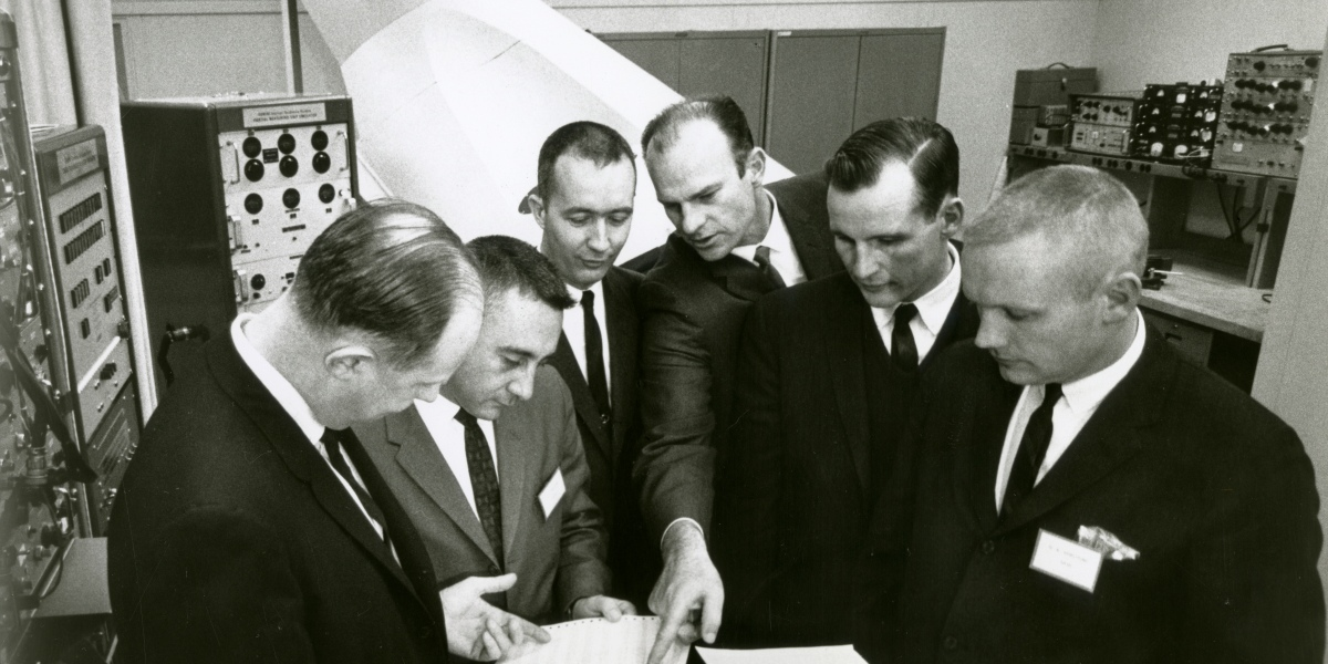 """""""Alarms Went off in the Spacecraft."""" How IBM Computer Whizzes Saved Apollo 11"""