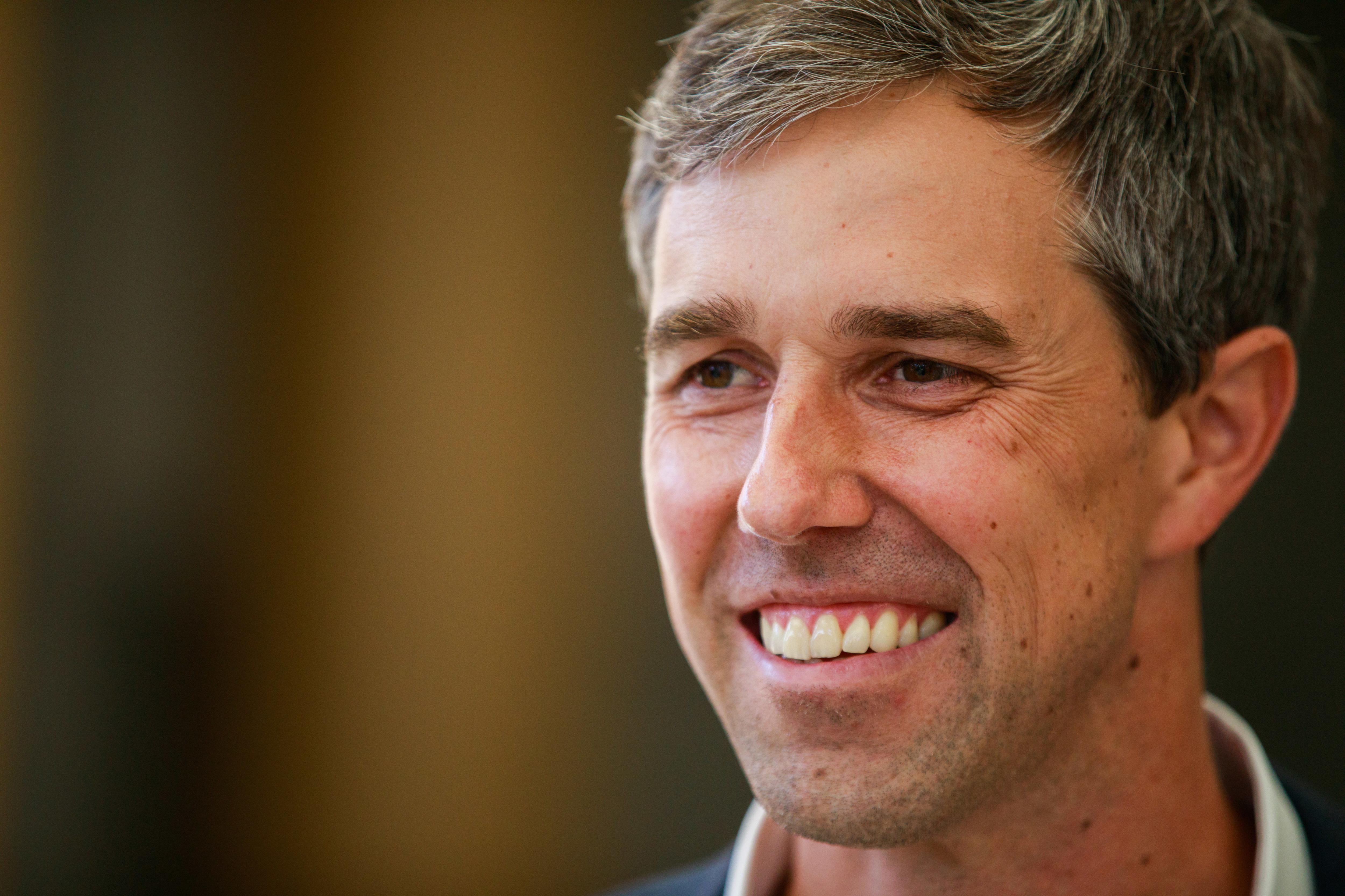 Democratic presidential hopeful Beto O'Rourke speaks to