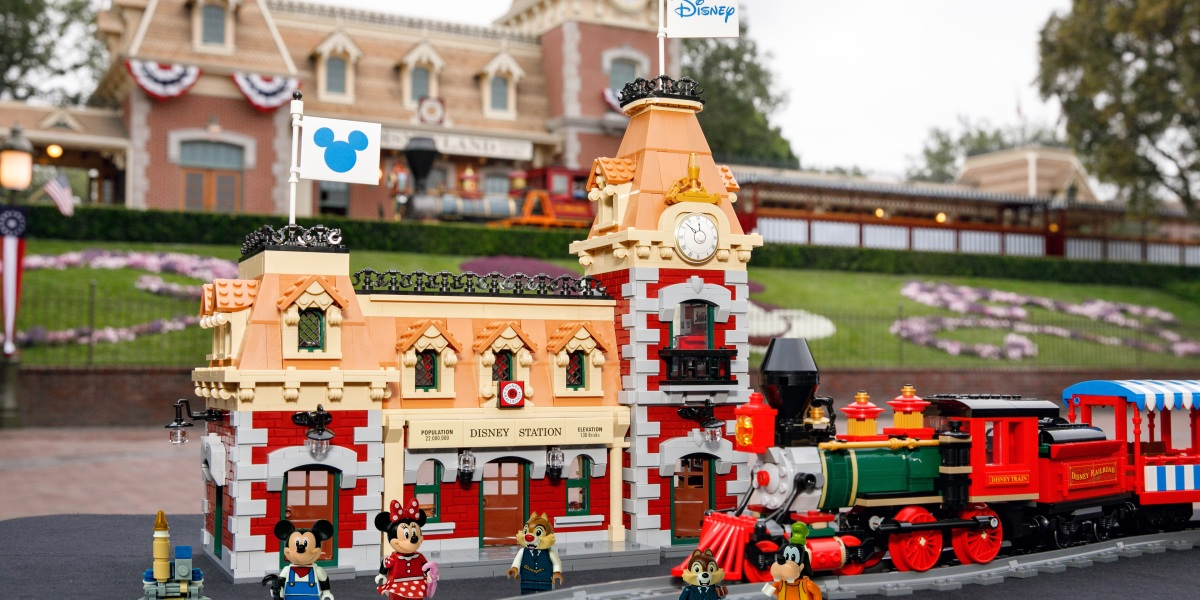 Lego, Disney Team Up for 2,900 Piece Motorized Train Set