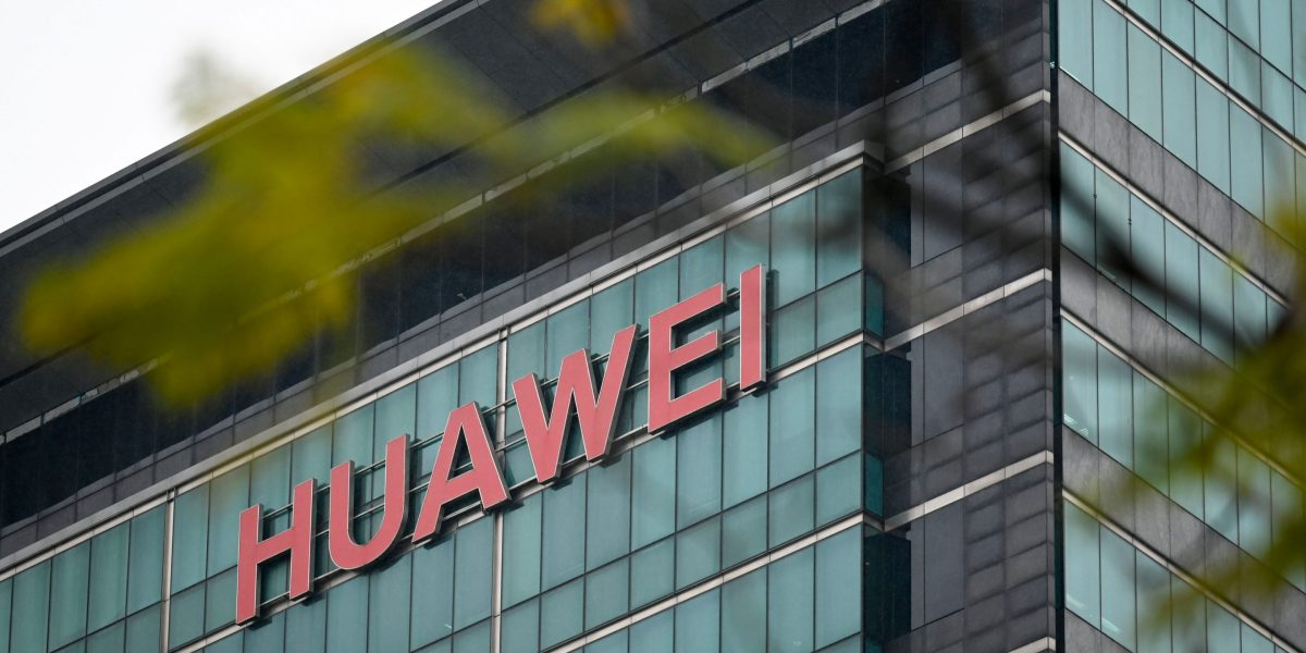 Trump Administration Gives Smaller Wireless and Internet Companies More Time to Cut Off Huawei
