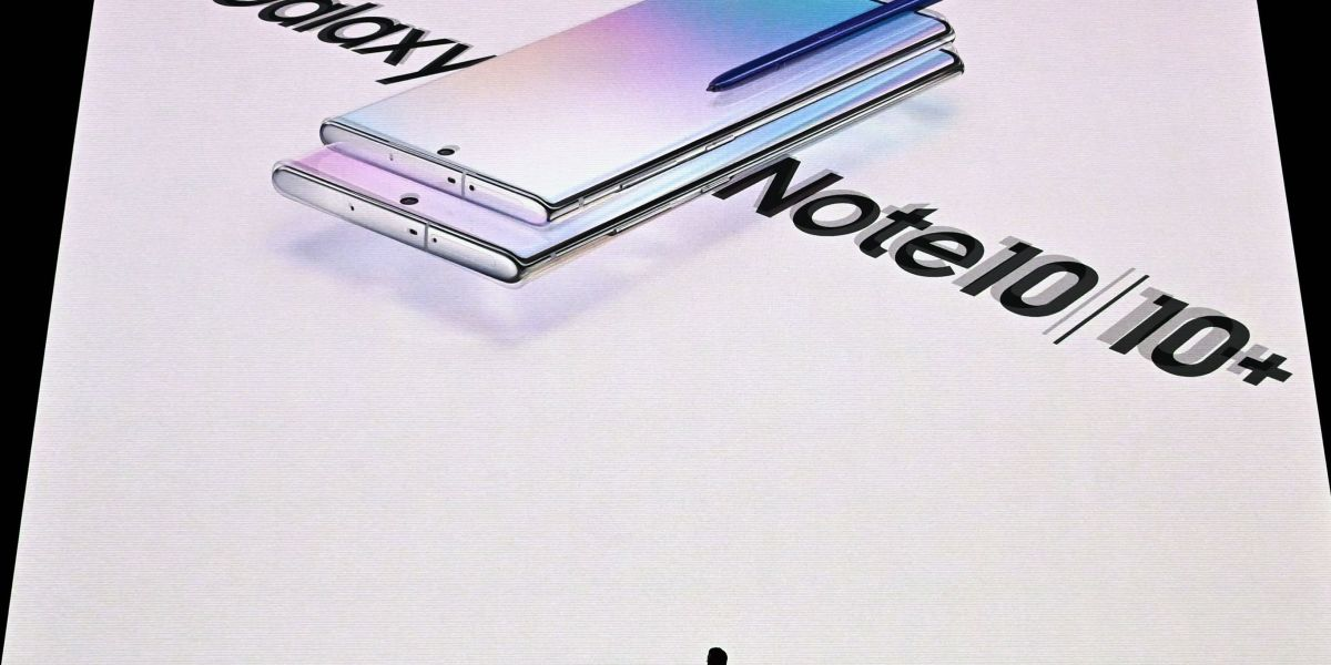 Surprise: The Galaxy Note 10 Is Microsoft's Long-Awaited Smartphone, Made by Samsung