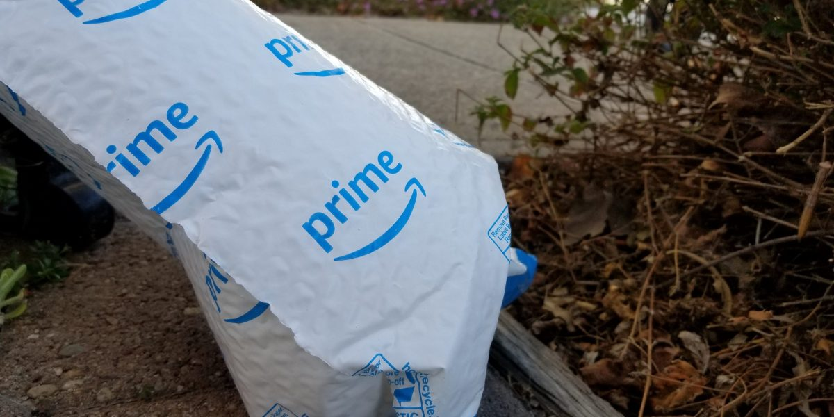 How an Alleged Amazon Theft Ring Got the Goods
