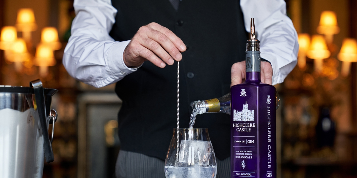 The Iconic Castle on 'Downton Abbey' Is Bringing Its London Dry Gin to the U.S.