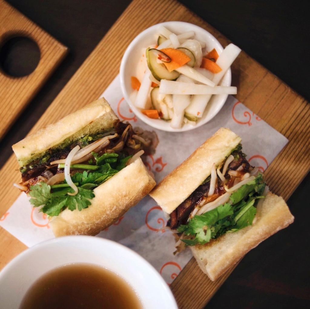 Honolulu Restaurants-Pig and the Lady-French Dip Bahn Mi