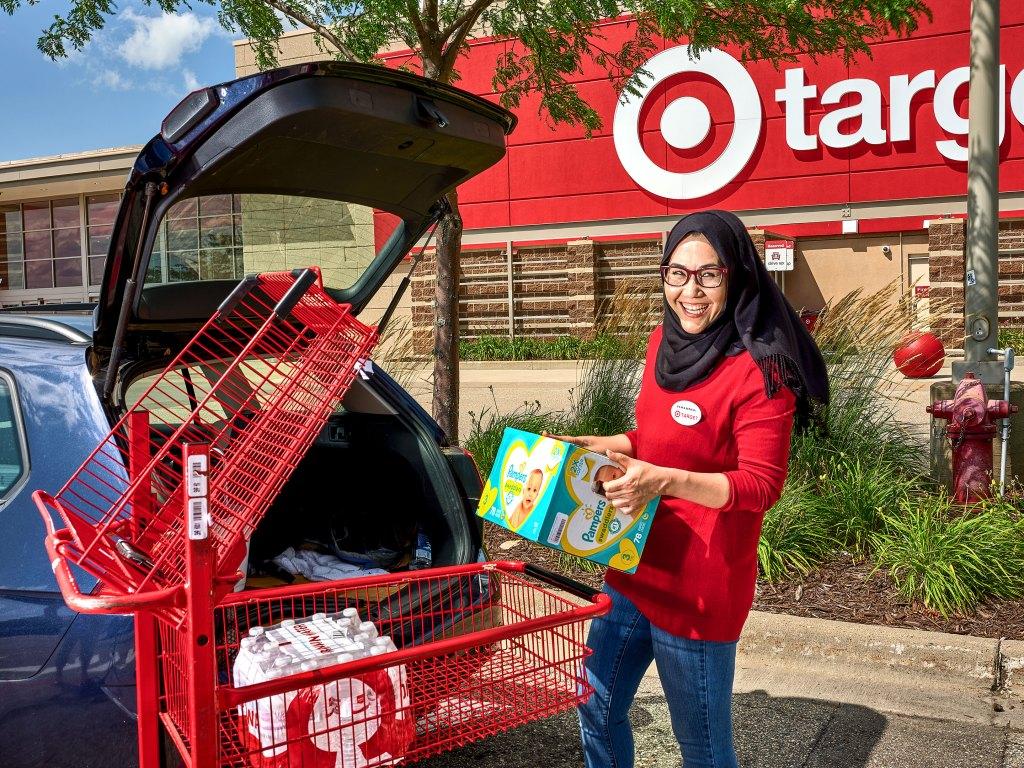 Target Employee Loading Car