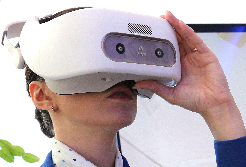 virtual-reality-vr-walmart