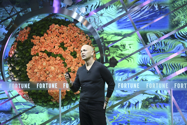 Tony Fadell, one of Silicon Valley's most influential designers, showcased some bold new ideas for kicking our plastic addiction at Fortune's Global Sustainability Forum in Yunnan, China.