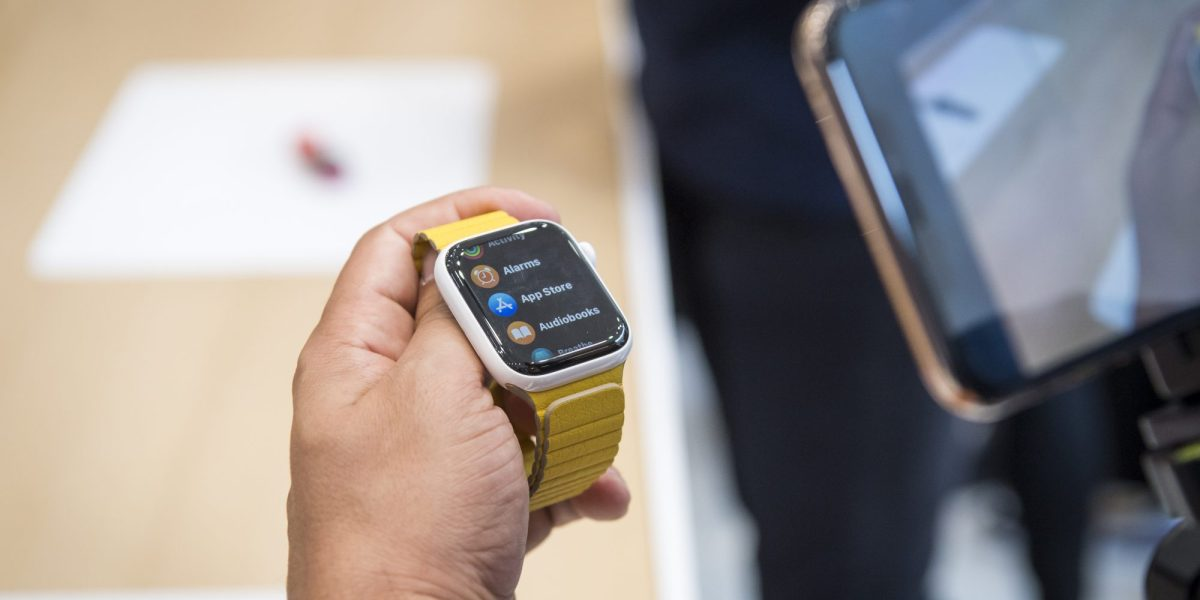 How People Are Using Smartwatches to Lose Weight and Stay Healthy