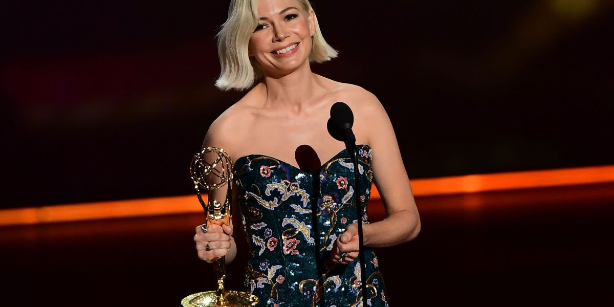 Michelle Williams Calls for Women to Receive Equal Pay During Emmys Speech